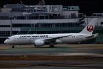 akinarin1989さんが、福岡空港で撮影した日本航空 787-8 Dreamlinerの航空フォト(飛行機 写真・画像)