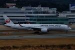 akinarin1989さんが、福岡空港で撮影した日本航空 A350-941XWBの航空フォト(飛行機 写真・画像)