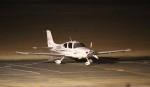 flyflygoさんが、高知空港で撮影した日本法人所有 SR22 GTSの航空フォト(飛行機 写真・画像)