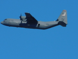 さんまるエアラインさんが、習志野演習場で撮影したアメリカ空軍 C-130J-30 Herculesの航空フォト(飛行機 写真・画像)