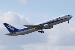 ドラパチさんが、中部国際空港で撮影した全日空 767-381/ERの航空フォト(飛行機 写真・画像)