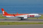 ちゃぽんさんが、中部国際空港で撮影したティーウェイ航空 737-8ASの航空フォト(飛行機 写真・画像)