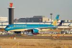ちゃぽんさんが、成田国際空港で撮影したベトナム航空 A350-941の航空フォト(飛行機 写真・画像)