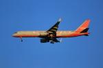 みるぽんたさんが、成田国際空港で撮影したアビアスター 757-223(SF)の航空フォト(飛行機 写真・画像)