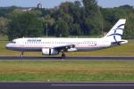 PASSENGERさんが、ベルリン・テーゲル空港で撮影したエーゲ航空 A320-232の航空フォト(飛行機 写真・画像)