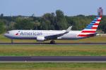 PASSENGERさんが、ベルリン・テーゲル空港で撮影したアメリカン航空 767-323/ERの航空フォト(飛行機 写真・画像)