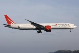 sky-spotterさんが、プーケット国際空港で撮影したロイヤル・フライト 777-31H/ERの航空フォト(飛行機 写真・画像)