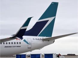 BOSTONさんが、バンクーバー国際空港で撮影したウェストジェット 737-8CTの航空フォト(飛行機 写真・画像)