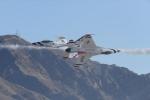 パラノイアさんが、ネリス空軍基地で撮影したアメリカ空軍 F-16CM-50-CF Fighting Falconの航空フォト(飛行機 写真・画像)