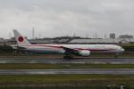 manzoさんが、伊丹空港で撮影した航空自衛隊 777-3SB/ERの航空フォト(飛行機 写真・画像)