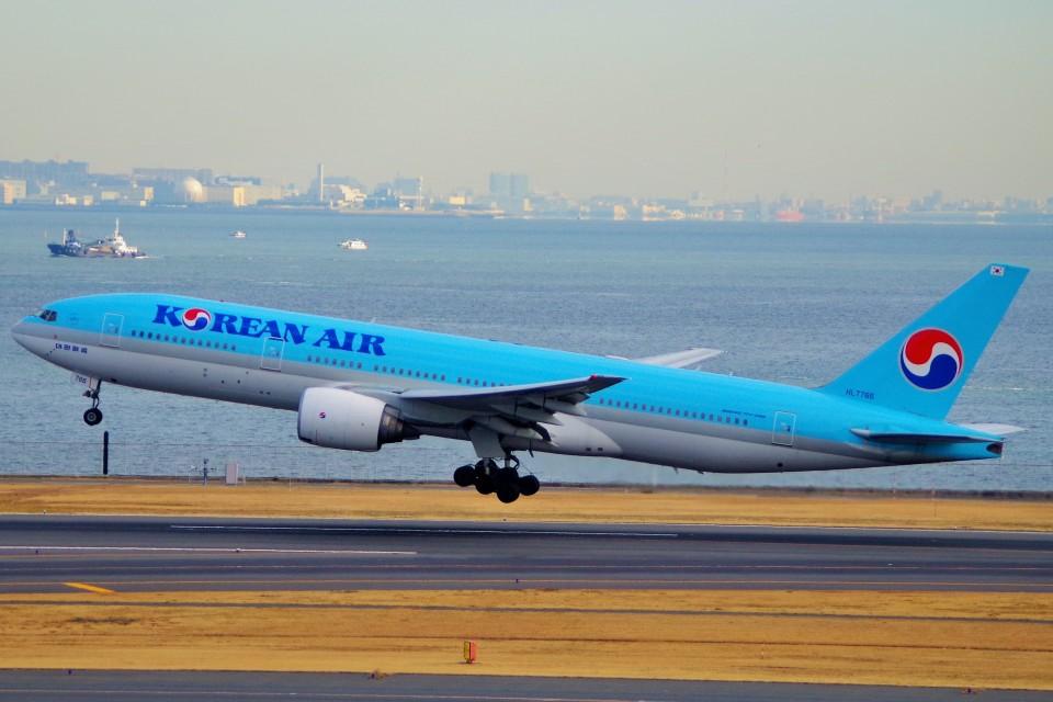 ちっとろむさんの大韓航空 Boeing 777-200 (HL7766) 航空フォト