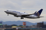 aki241012さんが、福岡空港で撮影したユナイテッド航空 737-724の航空フォト(飛行機 写真・画像)
