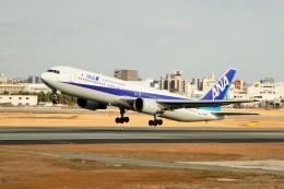 raiden0822さんが、伊丹空港で撮影した全日空 767-381/ERの航空フォト(飛行機 写真・画像)