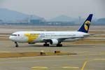 まいけるさんが、仁川国際空港で撮影したMIATモンゴル航空 767-3BG/ERの航空フォト(飛行機 写真・画像)