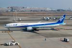 ぱん_くまさんが、羽田空港で撮影した全日空 777-381/ERの航空フォト(飛行機 写真・画像)