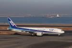 KAZFLYERさんが、羽田空港で撮影した全日空 777-281/ERの航空フォト(飛行機 写真・画像)