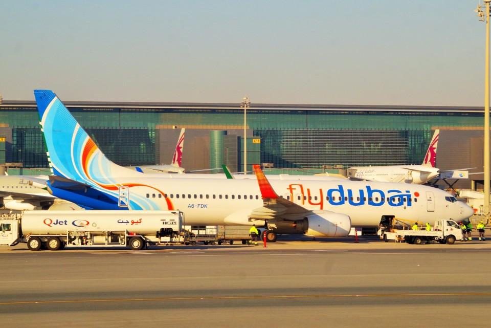 ちっとろむさんのフライドバイ Boeing 737-800 (A6-FDK) 航空フォト