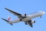 エアさんが、羽田空港で撮影した日本航空 767-346の航空フォト(飛行機 写真・画像)
