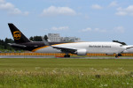 kuro2059さんが、成田国際空港で撮影したUPS航空 767-34AF/ERの航空フォト(飛行機 写真・画像)