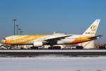 セブンさんが、新千歳空港で撮影したノックスクート 777-212/ERの航空フォト(飛行機 写真・画像)