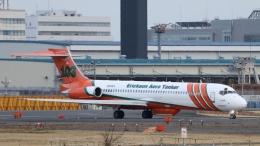 raichanさんが、成田国際空港で撮影したエリクソン・エアロ・タンカー MD-87 (DC-9-87)の航空フォト(飛行機 写真・画像)