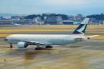ちっとろむさんが、福岡空港で撮影したキャセイパシフィック航空 777-267の航空フォト(飛行機 写真・画像)
