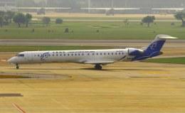 VICTER8929さんが、ドンムアン空港で撮影した華夏航空 CL-600-2D24 Regional Jet CRJ-900LRの航空フォト(飛行機 写真・画像)