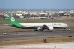 OMAさんが、台湾桃園国際空港で撮影したエバー航空 777-36N/ERの航空フォト(飛行機 写真・画像)