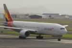 Hiro-hiroさんが、ダニエル・K・イノウエ国際空港で撮影したアシアナ航空 777-28E/ERの航空フォト(飛行機 写真・画像)