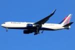 まえちんさんが、成田国際空港で撮影したデルタ航空 767-332/ERの航空フォト(飛行機 写真・画像)