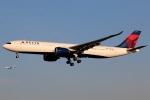 まえちんさんが、成田国際空港で撮影したデルタ航空 A330-941の航空フォト(飛行機 写真・画像)