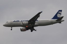 Sharp Fukudaさんが、パリ オルリー空港で撮影したエア・コルシカ A320-214の航空フォト(飛行機 写真・画像)