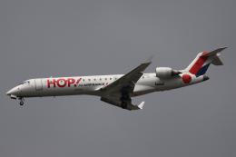 Sharp Fukudaさんが、パリ オルリー空港で撮影したエールフランス・オップ! CL-600-2C10 Regional Jet CRJ-700の航空フォト(飛行機 写真・画像)