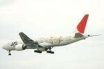 Mr.boneさんが、那覇空港で撮影した日本航空 777-246の航空フォト(飛行機 写真・画像)