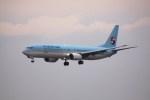 けいとパパさんが、福岡空港で撮影した大韓航空 737-9B5の航空フォト(飛行機 写真・画像)