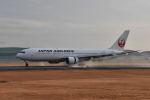 ワイエスさんが、熊本空港で撮影した日本航空 767-346/ERの航空フォト(飛行機 写真・画像)