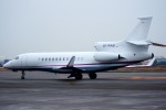 KAZKAZさんが、羽田空港で撮影したアルジー・エクスプレス Falcon 7Xの航空フォト(飛行機 写真・画像)