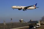 ☆ライダーさんが、成田国際空港で撮影したユナイテッド航空 777-224/ERの航空フォト(飛行機 写真・画像)