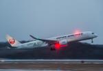Cygnus00さんが、新千歳空港で撮影した日本航空 A350-941XWBの航空フォト(飛行機 写真・画像)
