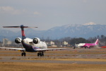 kenzy201さんが、新潟空港で撮影したアイベックスエアラインズ CL-600-2C10 Regional Jet CRJ-702ERの航空フォト(飛行機 写真・画像)