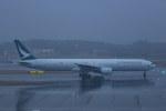 Mochi7D2さんが、成田国際空港で撮影したキャセイパシフィック航空 777-367の航空フォト(飛行機 写真・画像)