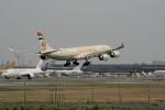 ☆ライダーさんが、成田国際空港で撮影したエティハド航空 A340-541の航空フォト(飛行機 写真・画像)