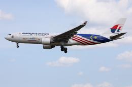 TIA spotterさんが、クアラルンプール国際空港で撮影したマレーシア航空 A330-223の航空フォト(飛行機 写真・画像)