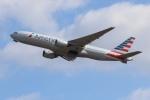 SIさんが、成田国際空港で撮影したアメリカン航空 777-223/ERの航空フォト(飛行機 写真・画像)