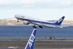 mich_stoneさんが、羽田空港で撮影した全日空 777-281の航空フォト(飛行機 写真・画像)