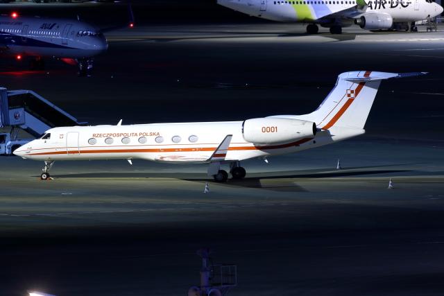 TIA spotterさんが、羽田空港で撮影したポーランド空軍 G-V-SP Gulfstream G550の航空フォト(飛行機 写真・画像)