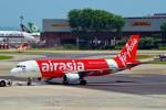 ちっとろむさんが、シンガポール・チャンギ国際空港で撮影したエアアジア A320-216の航空フォト(飛行機 写真・画像)