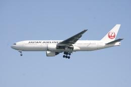 エアさんが、羽田空港で撮影した日本航空 777-246の航空フォト(飛行機 写真・画像)