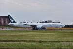 ポン太さんが、成田国際空港で撮影したキャセイパシフィック航空 777-367/ERの航空フォト(飛行機 写真・画像)