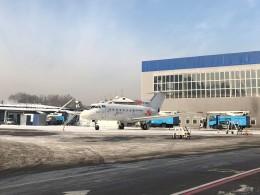 Smyth Newmanさんが、アルマトイ国際空港で撮影したイースト・ウイング-East Wing [EWZ] Yak-40の航空フォト(飛行機 写真・画像)